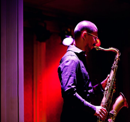 Joel Saxophonist